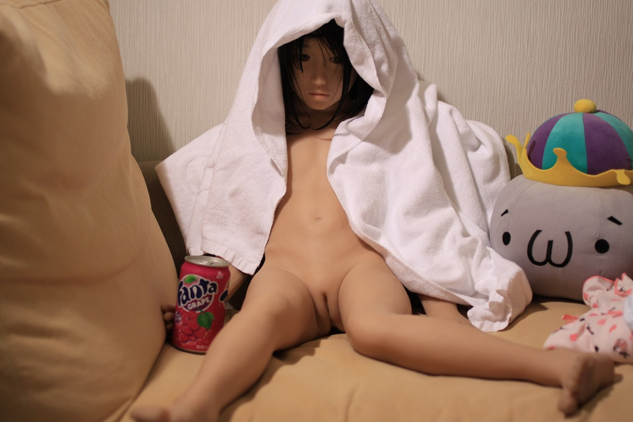 Girl fucking silicone doll movies nackt pictures